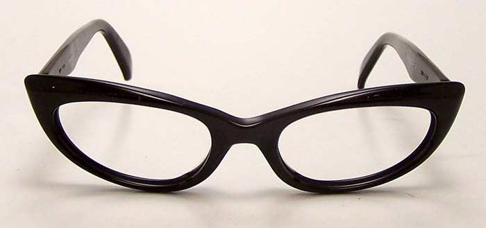 Eyeglass Frames For Triangular Face : nerdy But for now we are young